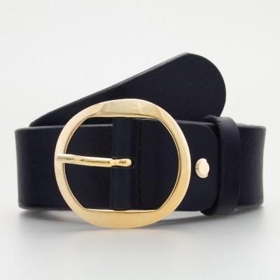Cintura elegante in pelle con occhielli